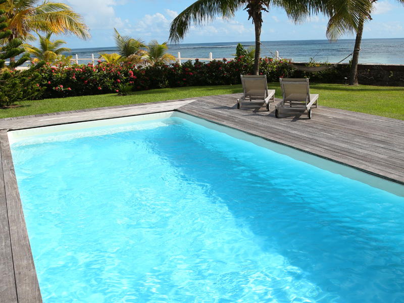 Marco Island Pool Cleaning Service